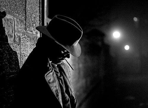 cigarettes-and-shadows-film-noir-list-1350826643_b