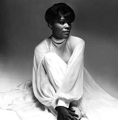 Dionne Warwick in 1968. Conde Nast Archives.